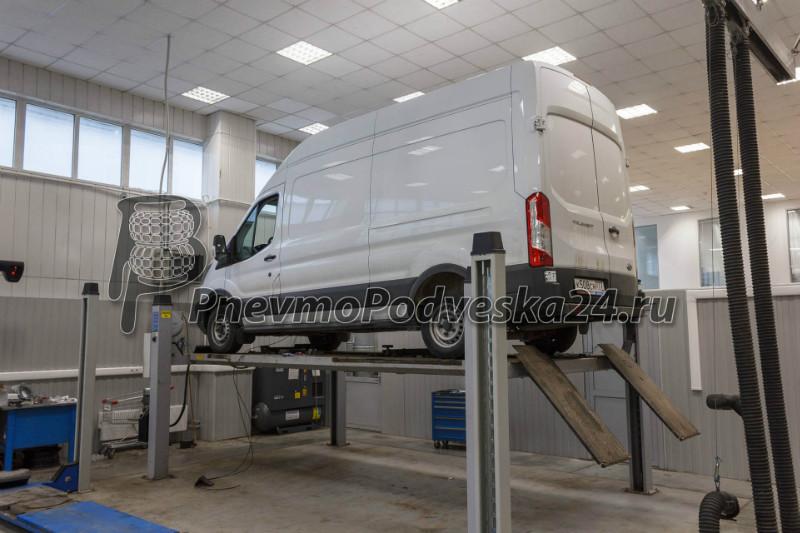 Форд транзит 2017 на подъемнике автономия